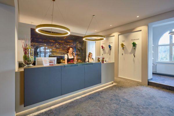 Rezeption im Hotel Teuchelwald
